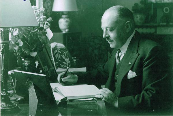 Henri, Comte de la Barre d'Erquelinnes